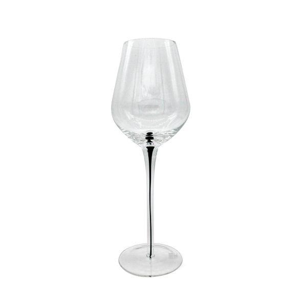 Чаша с червено столче