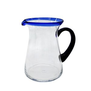 Чаша със столче